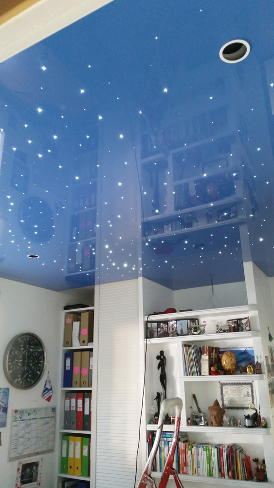 plafond avec fibre optique plafond design. Black Bedroom Furniture Sets. Home Design Ideas